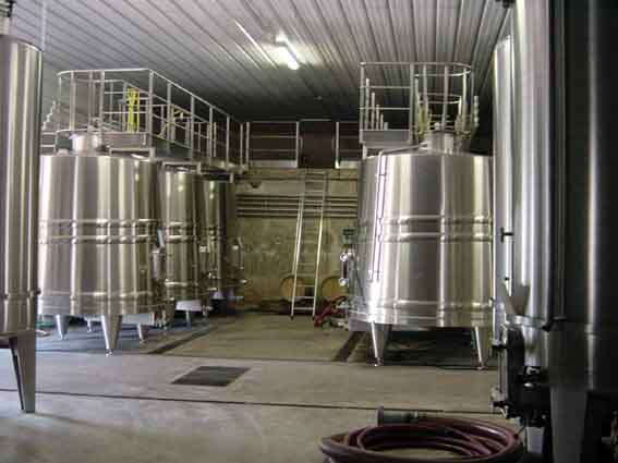 cuves fermentations du vin